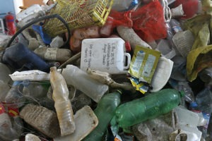 plastic waste to be recycled
